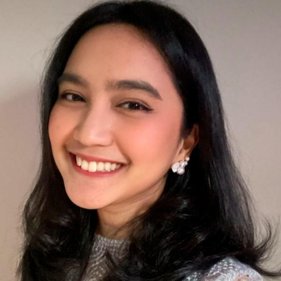 Dari Artis Hingga Siswi SMA, Perempuan Ini Mampu Mewakili Indonesia di Forum Internasional