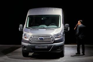 2014-Ford-Transit-01