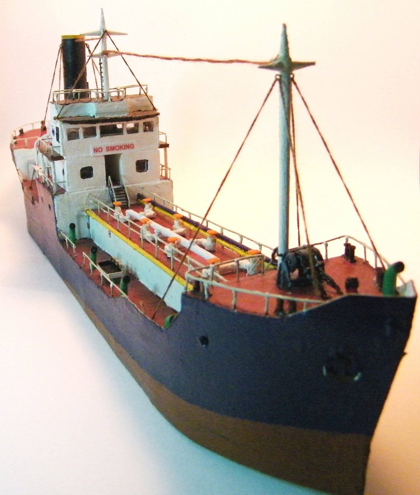 Wrightsville Port: N-Scale Waterfront Layout: Ships and Boats