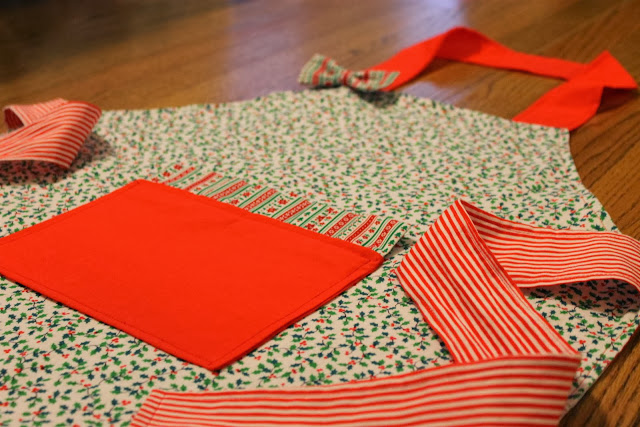 festive holiday apron