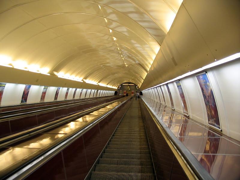 Ruchome schody w praskim metrze