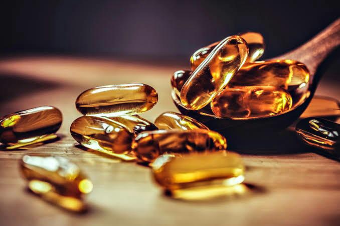 Deficiência de vitamina D estar relacionada a sintomas graves de COVID-19