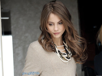 薇拉賀蘭 Willa Holland