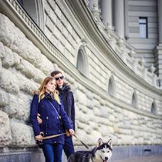 Wedding photographer Rinat Yamaev (izhairguns). Photo of 10.04.2014