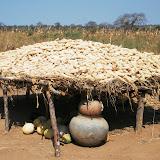 Una sgranatrice per il mais ad Heka - Tanzania 2013