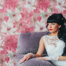 Wedding photographer Elena Gankevich (GanLena300877). Photo of 20.02.2015