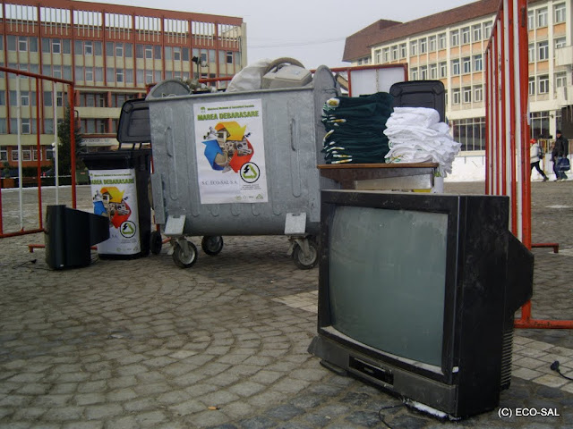 Campania de colectare a DEEE-urilor - Desfasurare%2Bcampanie%2Bdeseuri%2Belectronice%2BMedias%2B1.JPG