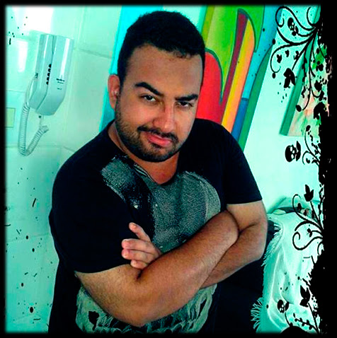 Adamanto Argos, criador do blog Adamanverso
