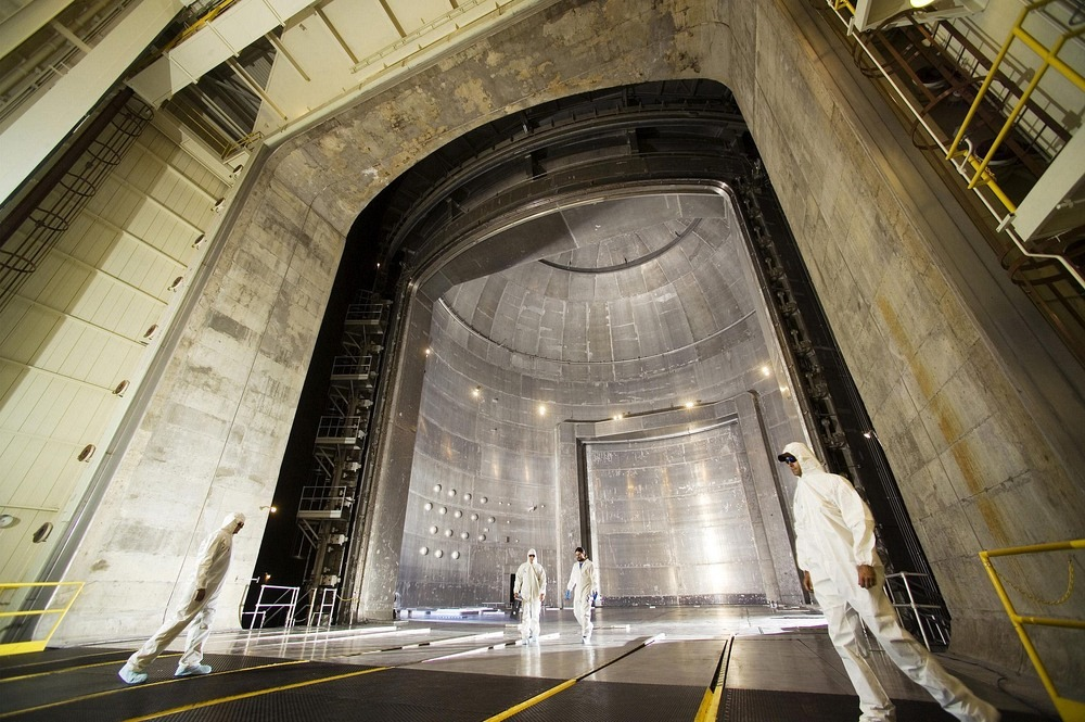 space-power-facility-36?imgmax=1600 The World's Largest Vacuum Chamber Random
