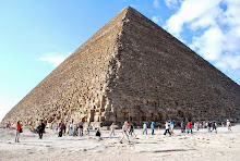 giza-great-pyramid-of-khufu-everyone-must-hurry