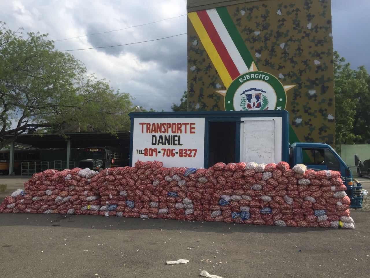 Miembros de la Cuarta Brigada del Ejército decomisan otras 7,370 libras de ajo en el noroeste; Otro golpe contra el contrabando