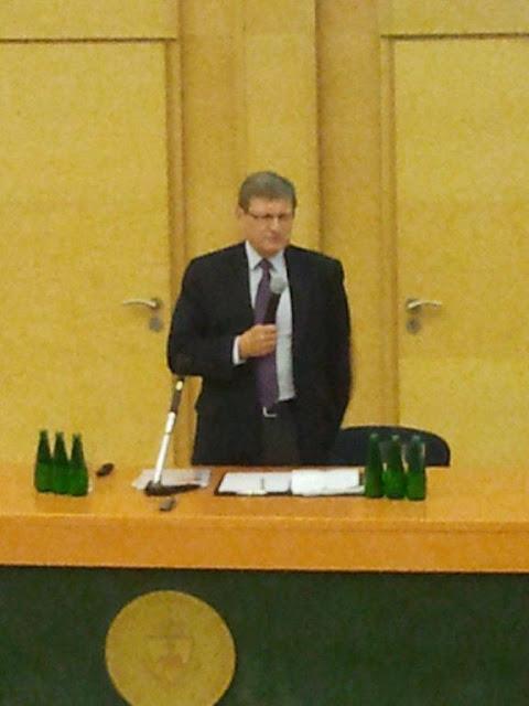Spotkanie z prof. Leszkiem Balcerowiczem - 2012-06-15%2B09.47.59.jpg