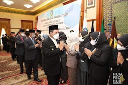 Gubernur Melantik Pegawai Negeri Sipil Dilingkungan Pemerintah Provinsi Kepri