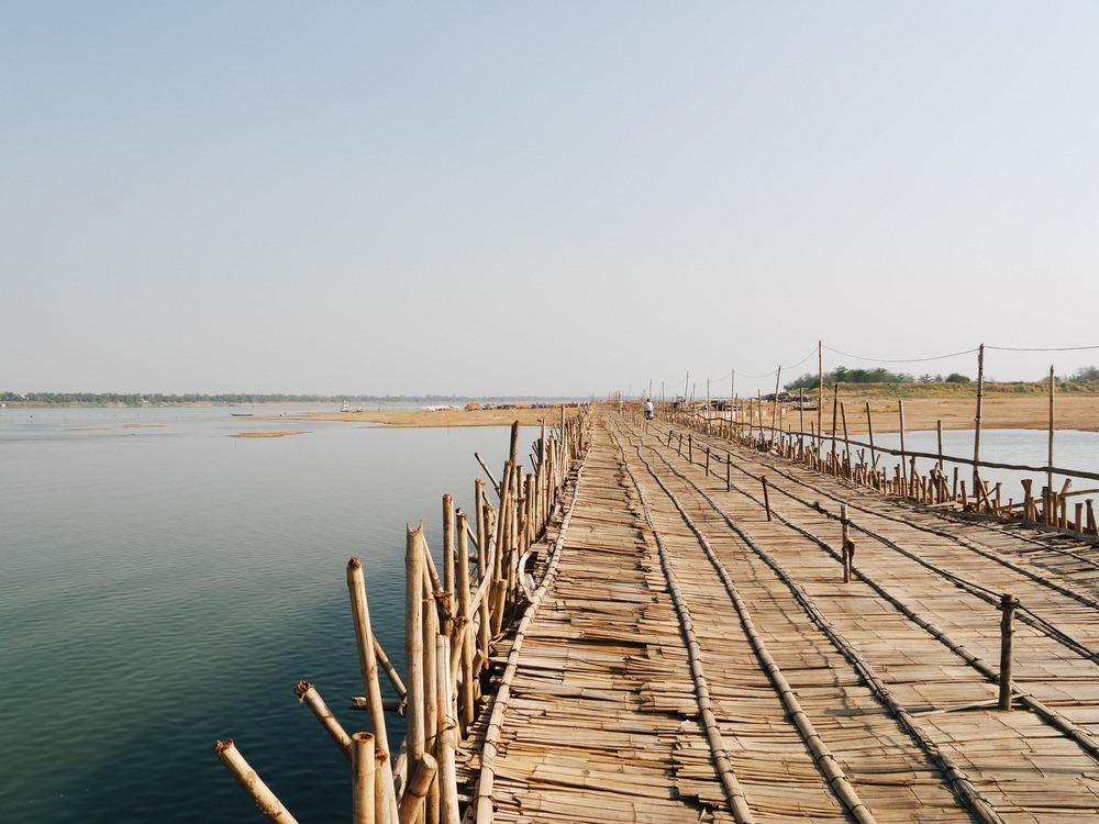 kampong-cham-bamboo-bridge-12