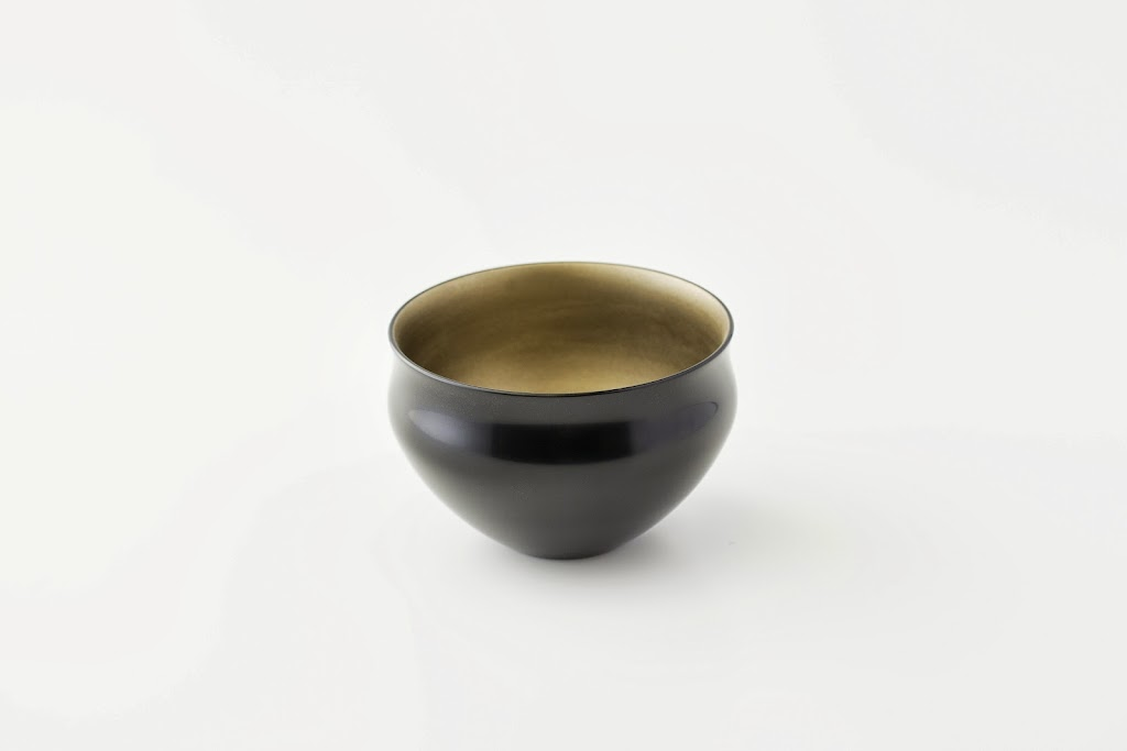 Lacquer Tea Bowl Urushi-wan (black, round shape)