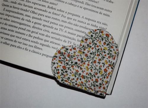 Marcador de página de coração