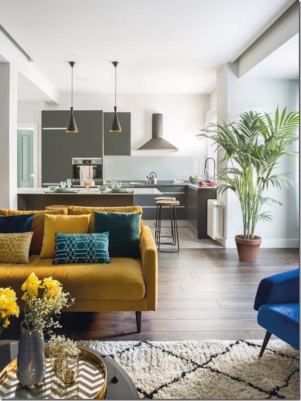Trasformazione di un ufficio in appartamento in stile mix & match