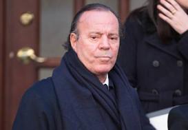 Tras muerte de Oscar de la Renta, Julio Iglesias habría vendido sus inversiones en Punta Cana