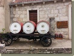20160909_wineryKorculaSmall_thumb