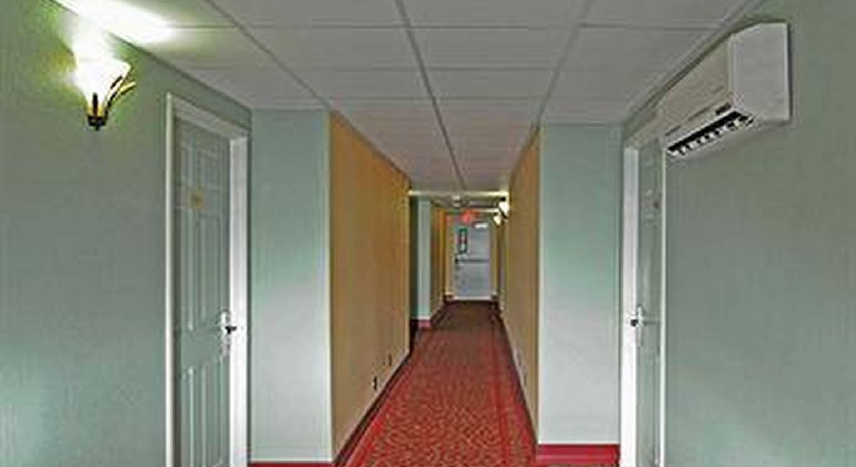 Magnuson Hotel & Marina New Port Richey