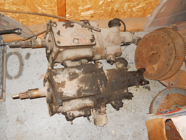 Two BW overdrive transmissions from 50's Studebaker, would like to sell them with the 264-322 bellhousing pictured. Comes with gasket ser and two shifter tops to make into top shift trans. Great setup for vintage Hot Rod.