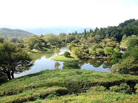 Visiting Shugakuin Imperial Villa