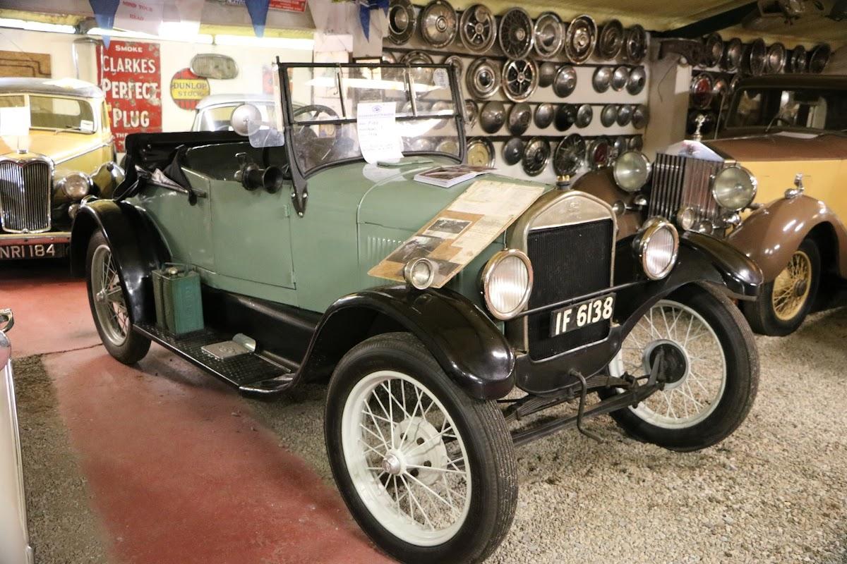 Kilgarvan Motor Museum 0016.JPG