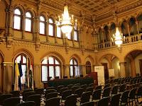2 - II. János Pál Pápa terem, a konferencia helyszíne.JPG