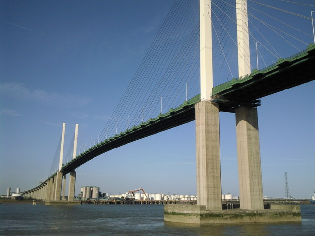 QE2_Bridge.jpg