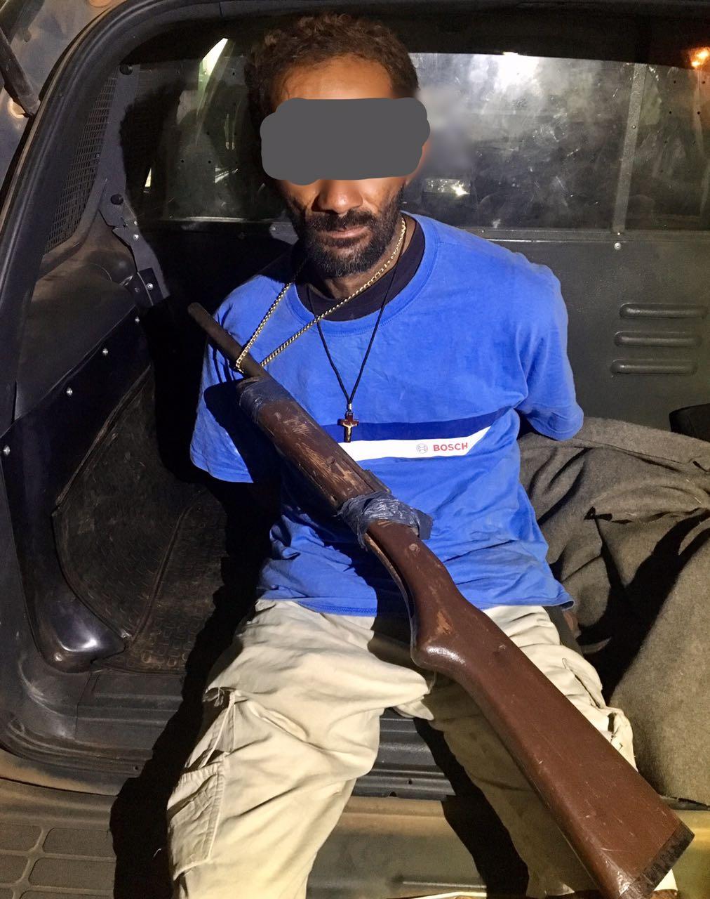 Homem é preso em Matina, após PM encontrar arma
