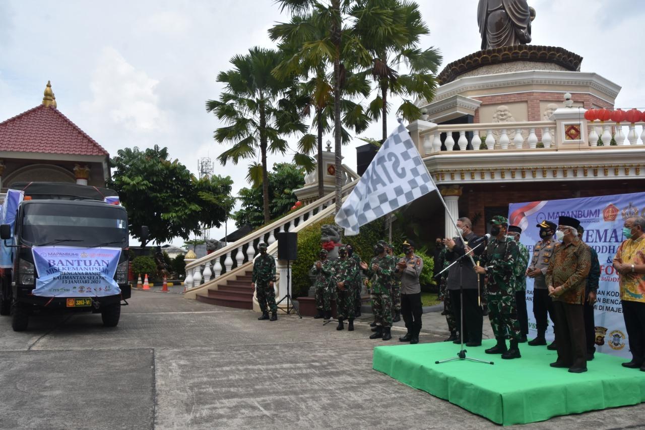 Korem 091/ASN dan Majelis Pandita Buddha Maitreya Indonesia Berangkatkan Bantuan ke Kalsel