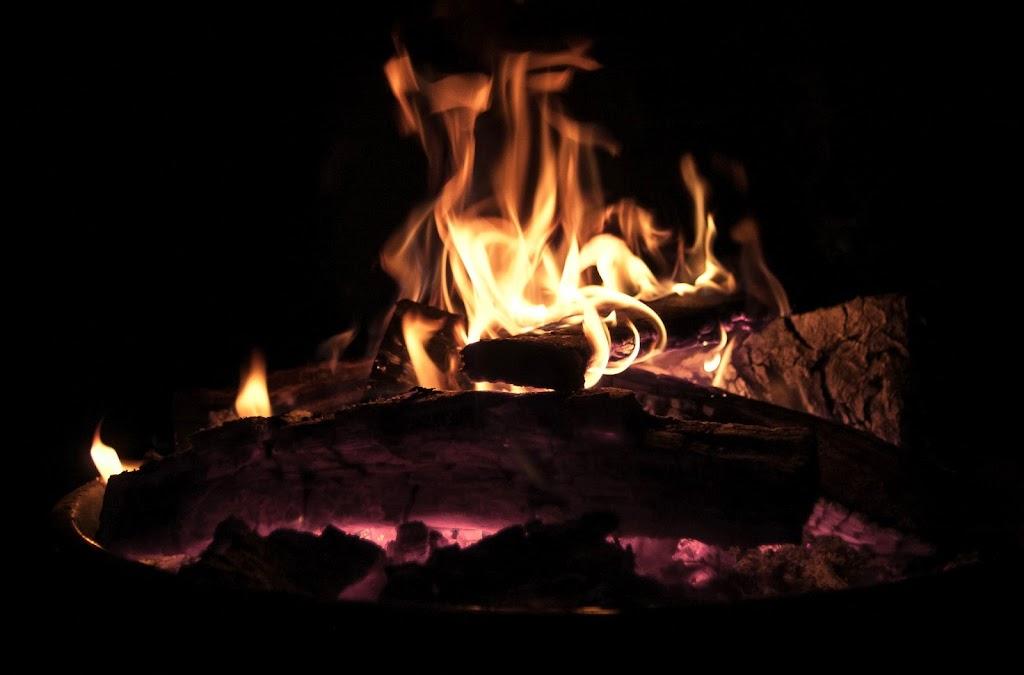 Campfire-02