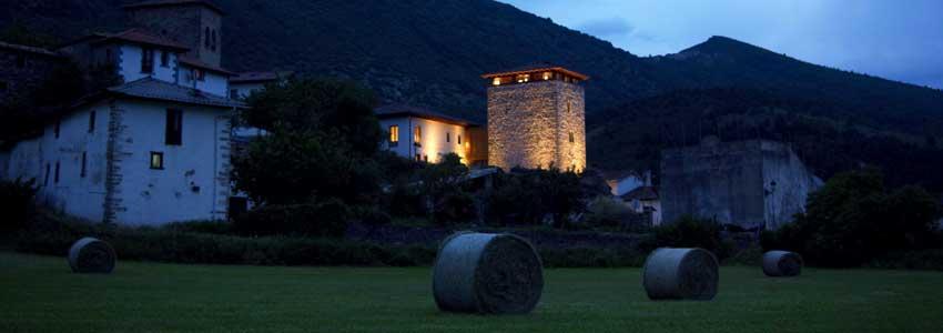 www.hoteltorredeuriz.com-hotels-navarra-sanfermin-pamplona