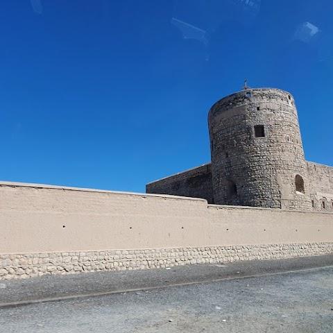 Al-Musanna Fort ( حصن المصنعة )