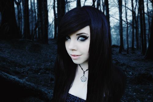 Hard To Breath, Gothic Girls