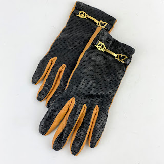 Moschino Gloves