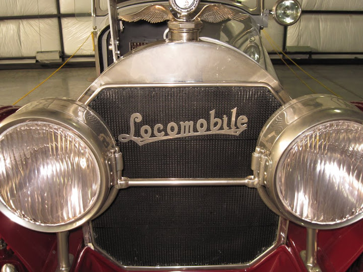 The Western Antique Aeroplane and Automobile Museum even has a locomoble on display.
