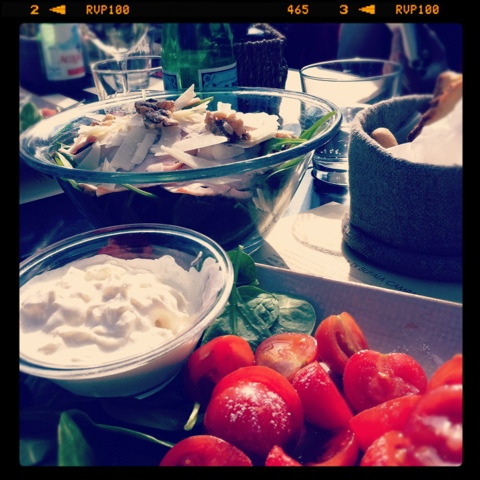 burrata mozarella cheese, tomatoes, salad, wine bar, Italian vacation, Milan Italy