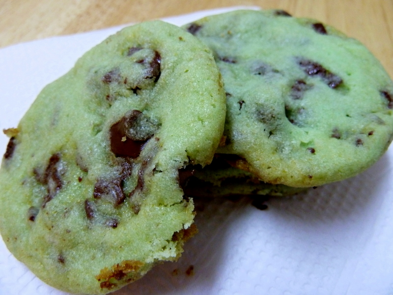 Cookin' Cowgirl: Mint Chocolate Chunk Cookies