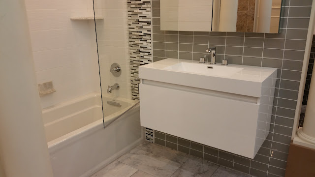 Bathrooms - 20151027_123621.jpg
