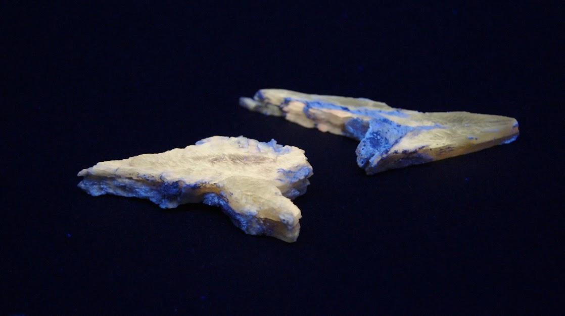 Colección de Minerales Fluorescentes Selenita+punta+de+lanza%252C+UVl
