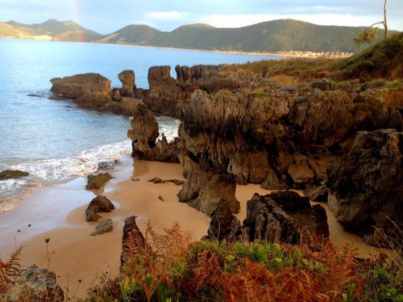 Playas Paseo de la Costa Noja
