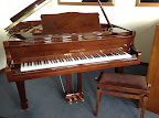 Kingburg baby grand piano for sale