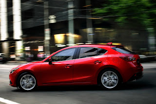 Yeni-Mazda-3-2014-4