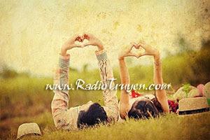Yêu là yêu thế thôi