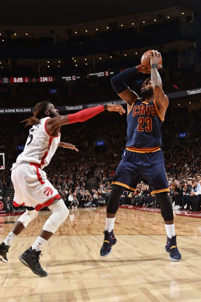 King James Rocks LeBron Soldier 10 Cavs Lava PE in Toronto Again