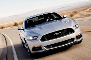 2015-Ford-Mustang-07