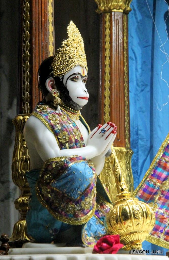 ISKCON Juhu Mangal Deity Darshan 09 Apr 16 (2)