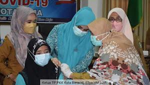 Hj Ellya Alwaini HML Canangkan Vaksin  Covid - 19 Ibu Hamil Di Kota Bima