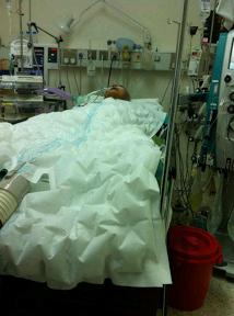 Gambar Terkini Ustaz Azizan Razak Selepas Pembedahan. Sayunya Ya Allah!